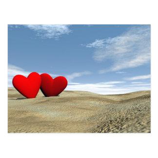 Cartão Postal Dois corações na praia - 3D rendem