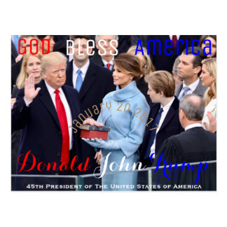 Cartão Postal Donald Trump que toma seu juramento de tomada de
