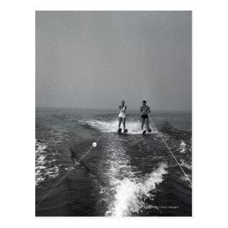 Cartão Postal Duas pessoas do esqui aquático