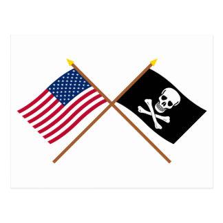 Cartão Postal E.U. e bandeiras cruzadas pirata