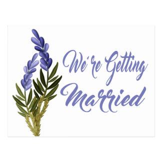 Cartão Postal Economias florais o casamento roxo da lavanda da