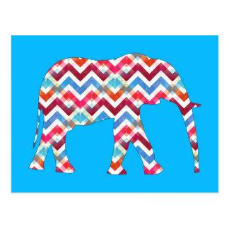 Cartão Postal Elefante Funky de Chevron do ziguezague no azul da
