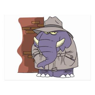 Cartão Postal Elefante sneaky do espião do detective privado do