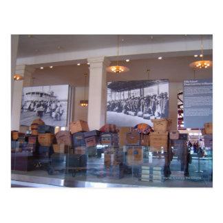 Cartão Postal Ellis Island da bagagem