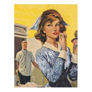 Cartão Postal Enfermeira no Prowl