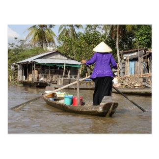 Cartão Postal Enfileirando um barco no delta de Mekong, Vietnam