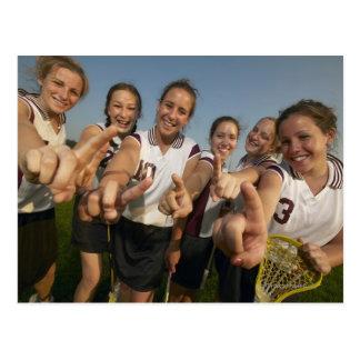 Cartão Postal Equipe adolescente do lacrosse (de 16-17) que