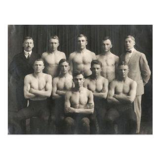 Cartão Postal Equipe de luta masculina do vintage