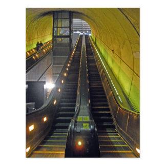 Cartão Postal Escadas rolantes Arlington VA da estação de metro