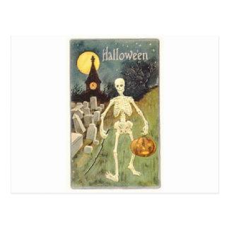 Cartão Postal Esqueleto do Dia das Bruxas com Jackolantern