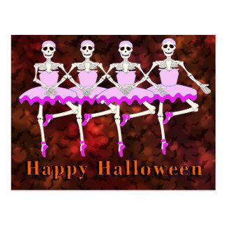 """Cartão Postal Esqueletos que dançam o balé """"o Dia das Bruxas"""