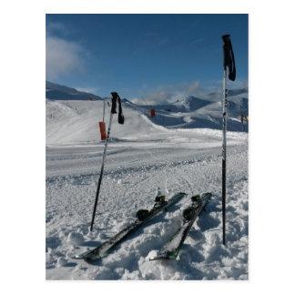 Cartão Postal Esquis pista de esqui