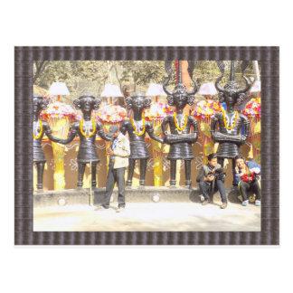 Cartão Postal Estátua cultural da mostra de India de artistas