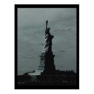 Cartão Postal Estátua da liberdade B&W de NYC