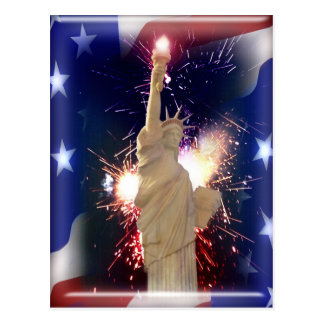 Cartão Postal Estátua da liberdade com os fogos-de-artifício