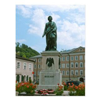 Cartão Postal Estátua de Mozart em Salzburg