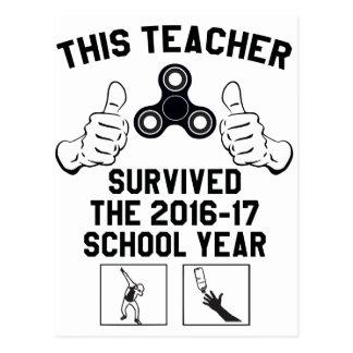 Cartão Postal Este professor sobreviveu ao ano escolar