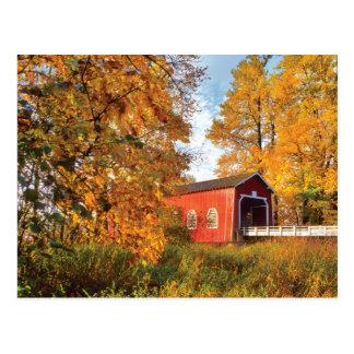 Cartão Postal EUA, Oregon. Ponte coberta de Shimanek na manhã