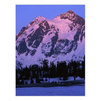 Cartão Postal EUA, Washington, Mt. Shuskan nas cascatas nortes