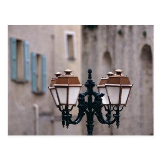 Cartão Postal Europa, France, Forcalquier. Velho resistido