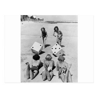 Cartão Postal Excrementos na areia, os anos 40