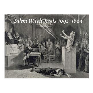Cartão Postal Experimentações da bruxa de Salem do vintage,