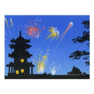 Cartão Postal Exposição do fogo-de-artifício e silhueta do