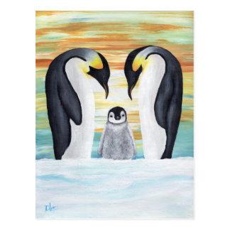Cartão Postal Família do pinguim com pinguim do bebê