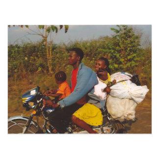 Cartão Postal Família nigeriana