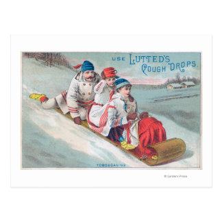 Cartão Postal Família Tobogganing e utilização da tosse de