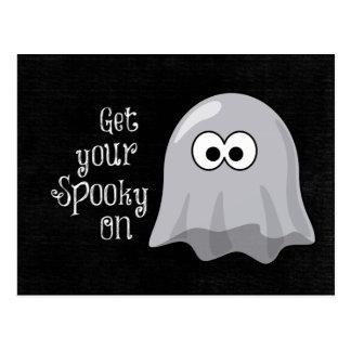 Cartão Postal Fantasma engraçado, bonito do Dia das Bruxas;