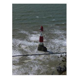 Cartão Postal Farol fora da cabeça Beachy, Sussex. do leste