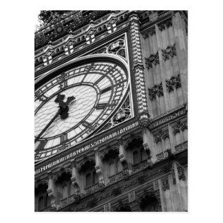 Cartão Postal Feche acima em Big Ben em preto e branco