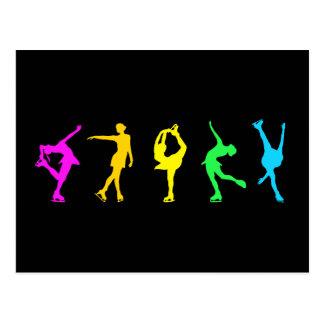 Cartão Postal Figura arco-íris do Pastel dos patinadores