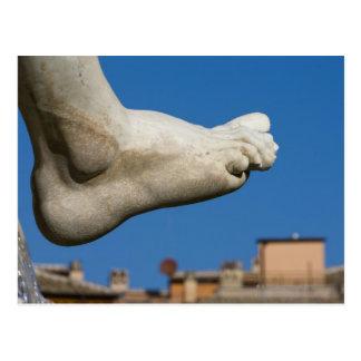 Cartão Postal fim-acima de um pé no dei Quatro de Fontana