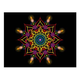Cartão Postal Flor Rangoli de Diwali com lâmpadas de óleo