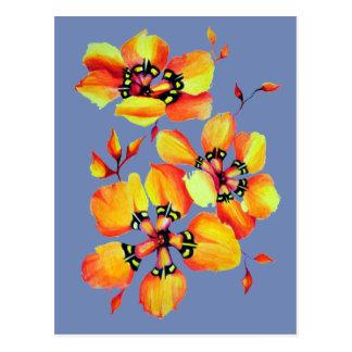 Cartão Postal Flores alaranjadas brilhantes - cinza azul