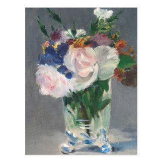 Cartão Postal Flores do vintage em um vaso de cristal por