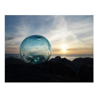 Cartão Postal Flutuador de vidro e por do sol