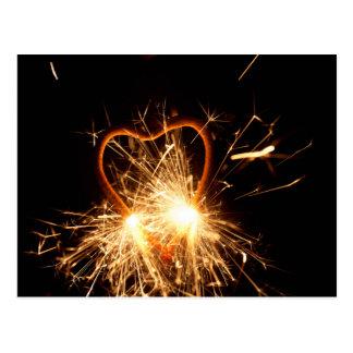 Cartão Postal Foto macro de um sparkler ardente no formulário de