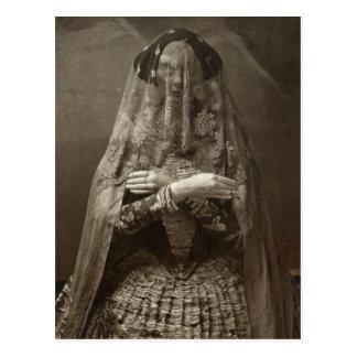 Cartão Postal Fotografia assustador do Victorian da mulher