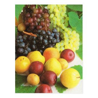 Cartão Postal Fruta e vegetais, uvas e ameixas