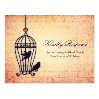 Cartão Postal Gaiola de pássaro fantástica com o coração do ouro