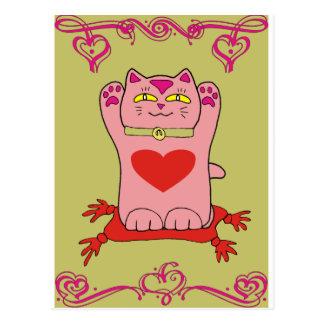 Cartão Postal Gato cor-de-rosa de Maneki Neko com corações