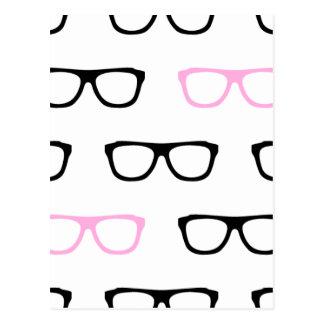 Cartão Postal geek cor-de-rosa dos vidros geeky