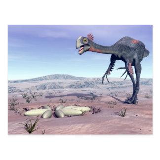 Cartão Postal Gigantoraptor fêmea que vai a seu ninho - 3D