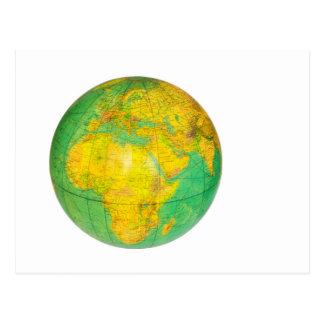 Cartão Postal Globo com a terra do planeta isolada no branco