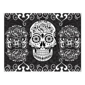 Cartão Postal Grunge gótico branco do preto decorativo do crânio