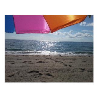 Cartão Postal Guarda-chuva de praia