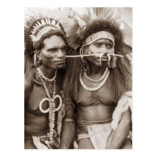 Cartão Postal Guerreiros de Nova Guiné, c1919